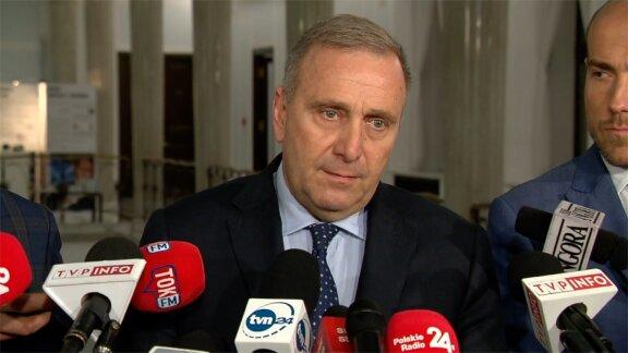 G. Schetyna zapowiedział złożenie wniosku o powołanie komisji śledczej ds. pedofilii