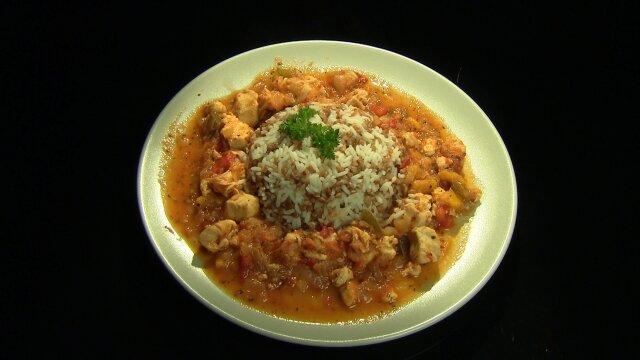 Ryż, kasza i kurczak w pomidorach