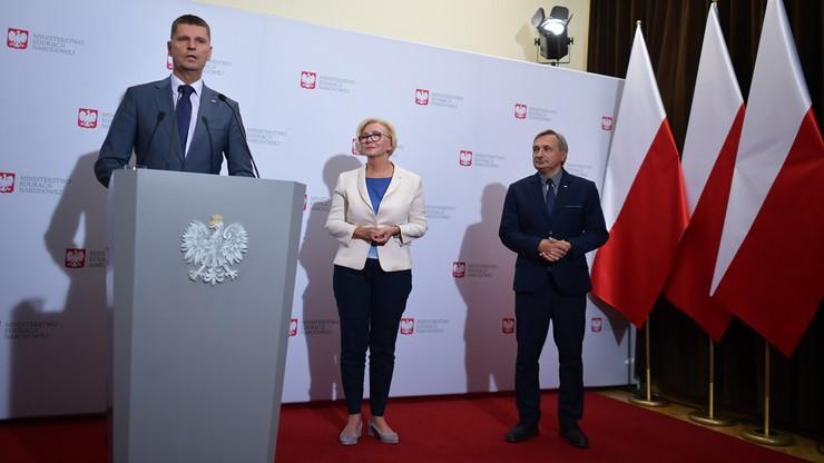 """""""Słuchając ich, mam rozdwojenie jaźni"""". Minister o postulatach Związku Nauczycielstwa Polskiego"""