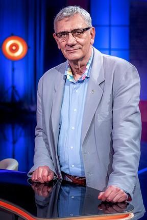 """2020-03-27 """"Joke Show"""": Szczere wyznania Wiktora Zborowskiego oraz... - Polsat.pl"""