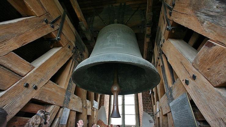 W środę wKrakowie będzie bił dzwon Zygmunt. Odpowiedź naapel ...