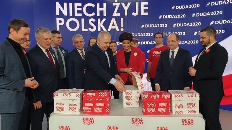 """Ponad dwa miliony podpisów poparcia dla Andrzeja Dudy. """"Daliśmy radę"""""""