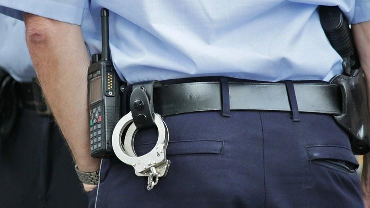 Policjant przyszedł na służbę i pobrał broń. Był nietrzeźwy