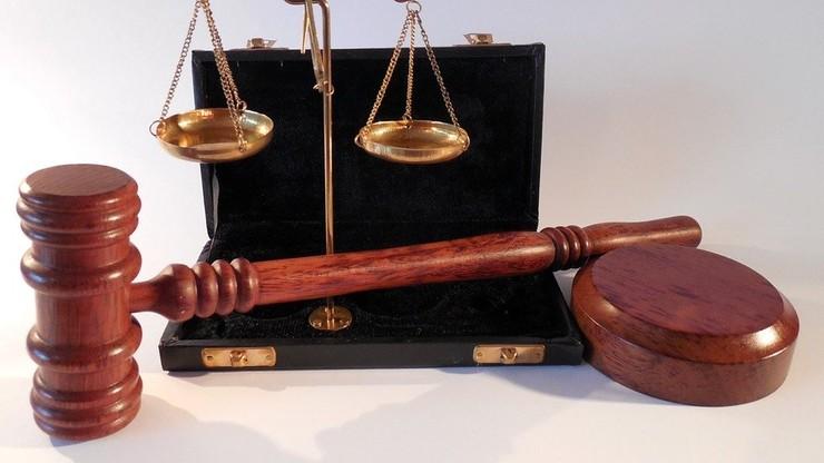 """""""Jest niegodny dziedziczenia majątku ofiary"""". Sąd o 55-latku, który zgwałcił i zamordował żonę"""