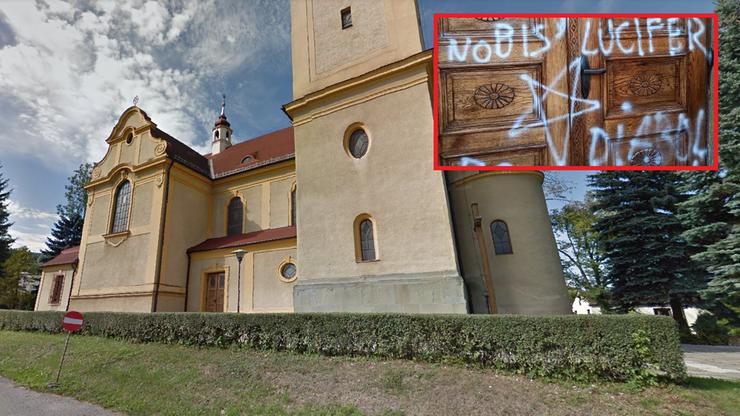"""Goleszów: zdewastowana świątynia. Na drzwiach słowa """"diabelski kościół"""" i pentagram"""