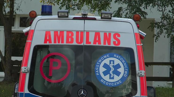 Czterolatka wypadła z okna mieszkania w Krakowie