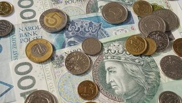 Rynek walutowy. NBP gra na osłabienie złotego