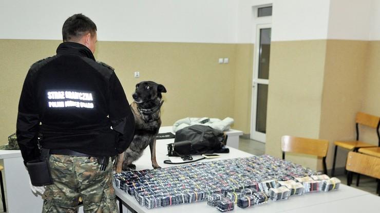 Próbowała wywieźć z Polski leki warte 40 tys. zł. Mogły posłużyć do produkcji narkotyków