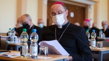 Prymas: Kościół nie będzie występować przeciwko państwowym obostrzeniom
