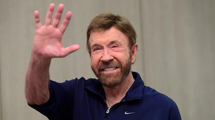 Chuck Norris na skoczni Holmenkollen