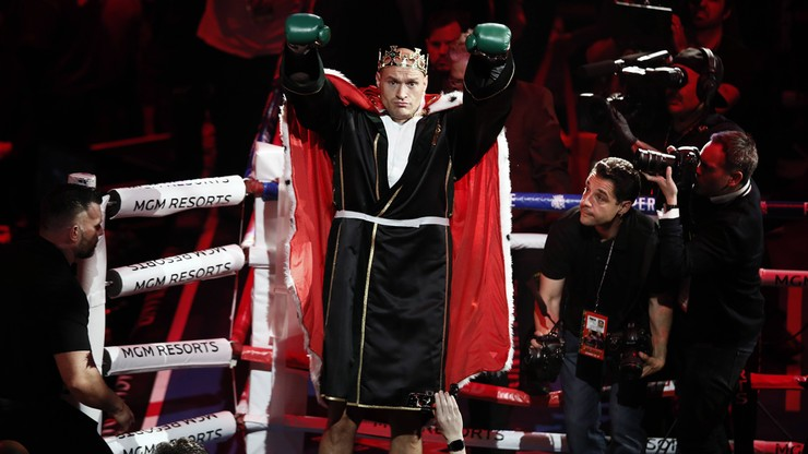 Mistrzowie obrażają mistrza w Las Vegas. Tyson wychwala Wildera