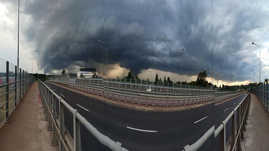 Chmura szelfowa w rejonie Rzeszowa. Fot. Maciej Sierżęga / TwojaPogoda.pl