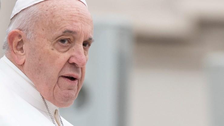 Papież Franciszek anuluje audiencje. Odwołane piątkowe modły w Iranie