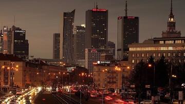 Warszawa w strefie zagrożonej dodatkowymi obostrzeniami