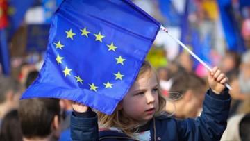 """""""The Sunday Times"""": UE opóźni brexit, jeśli Izba Gmin nie poprze umowy w tym tygodniu"""