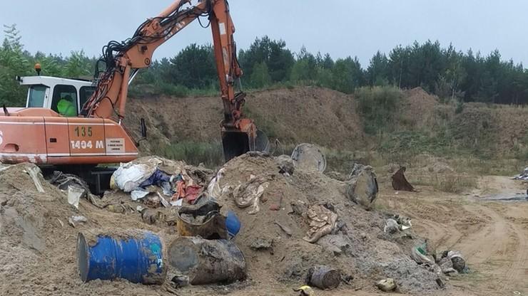 Porzucili 14,5 tys. ton niebezpiecznych odpadów. Mafia rozbita