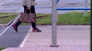 Kobieta zostawiła torebkę na przystanku. W środku 17 tysięcy złotych