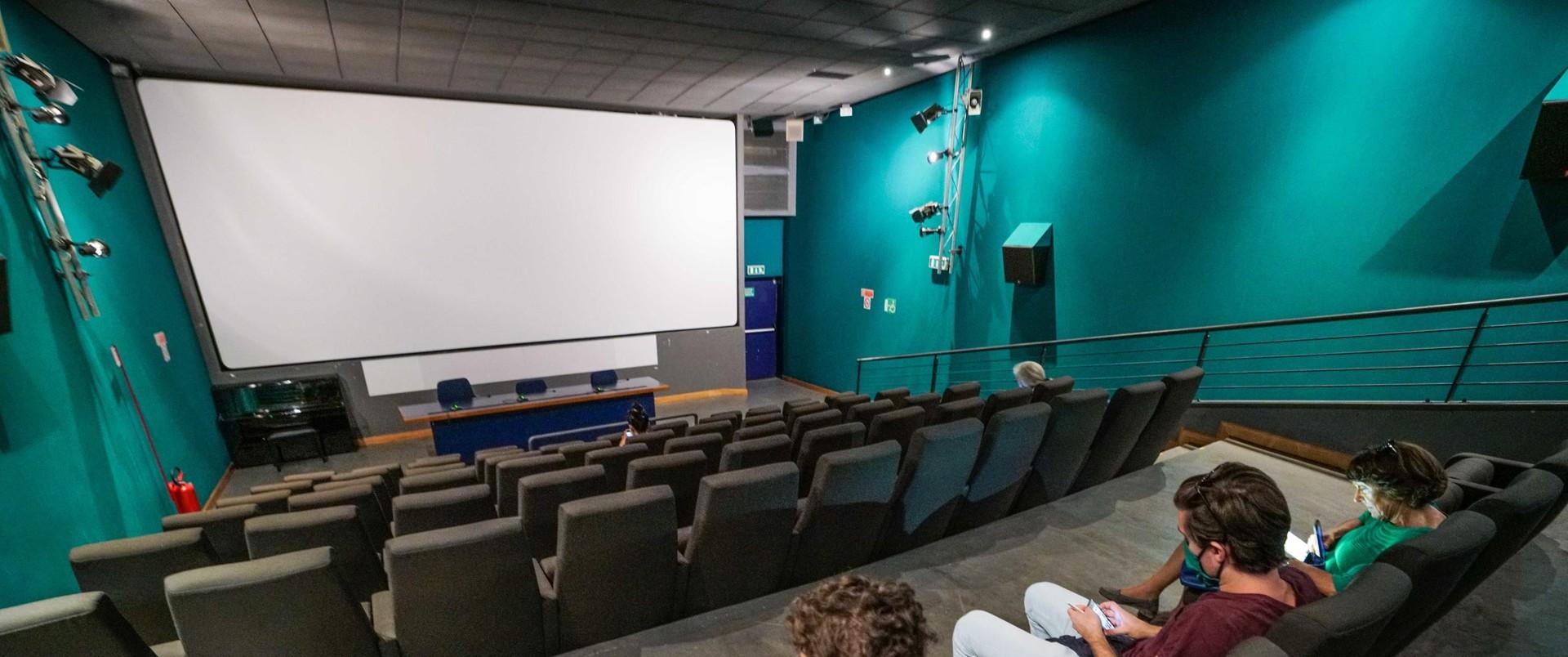 Czy filmowe hity mogę być źródłem wiedzy o finansach?