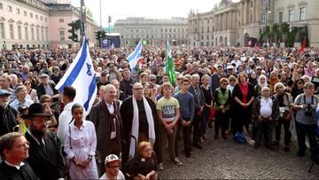 Wielotysięczny protest przeciwko antysemityzmowi w Berlinie