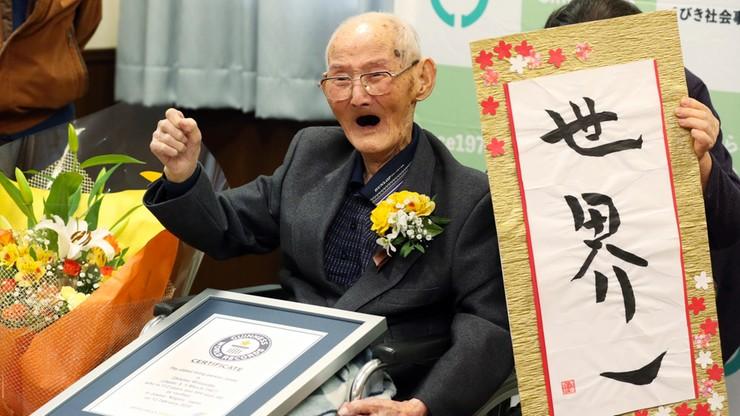 Najstarszy mężczyzna na świecie bliski rekordu. Sprawdź, ile ma lat