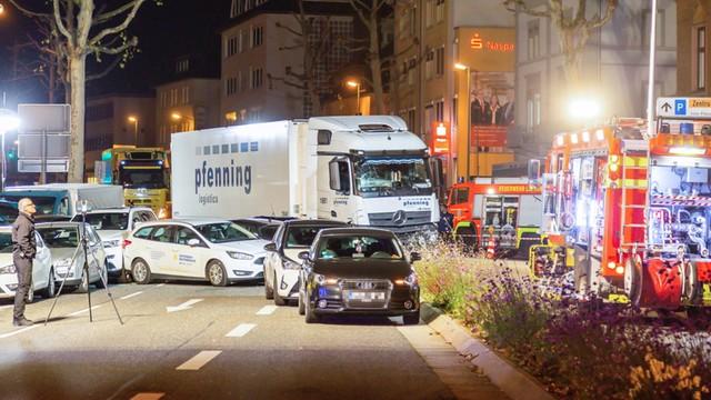 Zamach terrorystyczny w Niemczech! Z okrzykiem ''Allah'' na ustach taranował samochody
