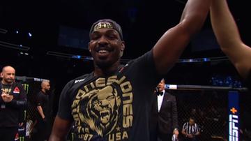 UFC: Błachowicz - Reyes o tytuł mistrzowski?! Jones ogłosił zwakowanie pasa!