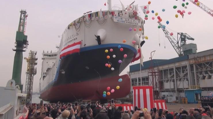 W Japonii zwodowano pierwszy na świecie statek do transportu skroplonego wodoru