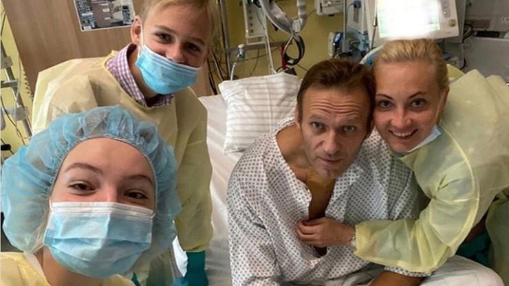 Współpracownicy Aleksieja Nawalnego: został otruty w hotelu, nie na lotnisku