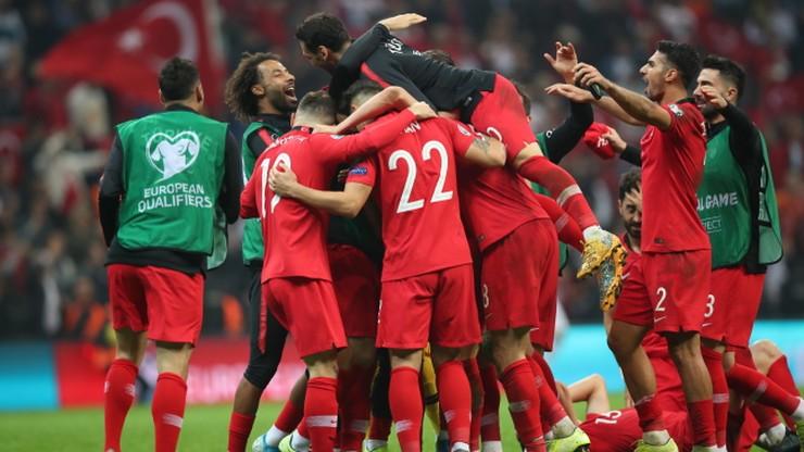 UEFA ukarała turecką federację piłkarską za zachowanie kibiców