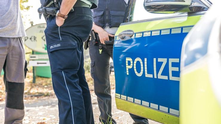 """""""Polski Rambo"""" w Niemczech. Wyskoczył z jadącego auta i skrył na polu kukurydzy"""