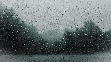Burze i ulewne deszcze. Pogoda na poniedziałek