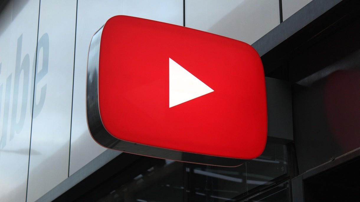 YouTube eksperymentuje z nową funkcją. Oto krótkie filmami w stylu TikToka