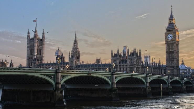 Brytyjskie paszporty będą produkowane w Polsce. Efekt brexitu