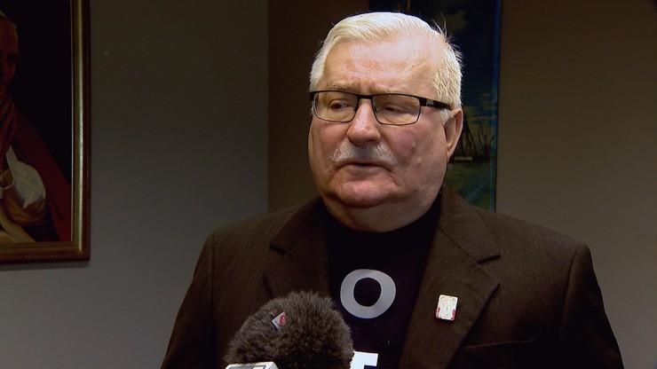 """Wałęsa apeluje o """"odstawienie obecnej władzy"""". """"Jeśli nie, to spotkamy się na ulicy"""""""