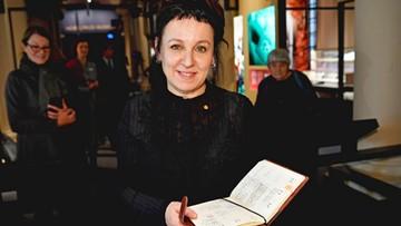 Polskie miasta świętują Nobla Tokarczuk. Wieczory noblowskie, czytanie powieści, transmisje