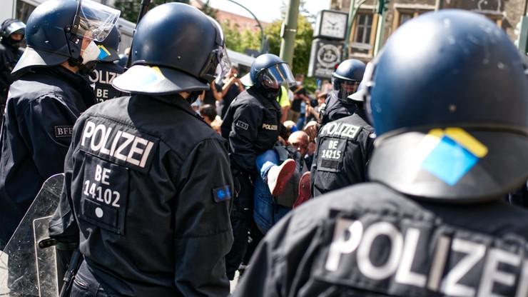 """Niemieccy policjanci wśród wychwalających Hitlera. """"To ohydne i haniebne"""""""