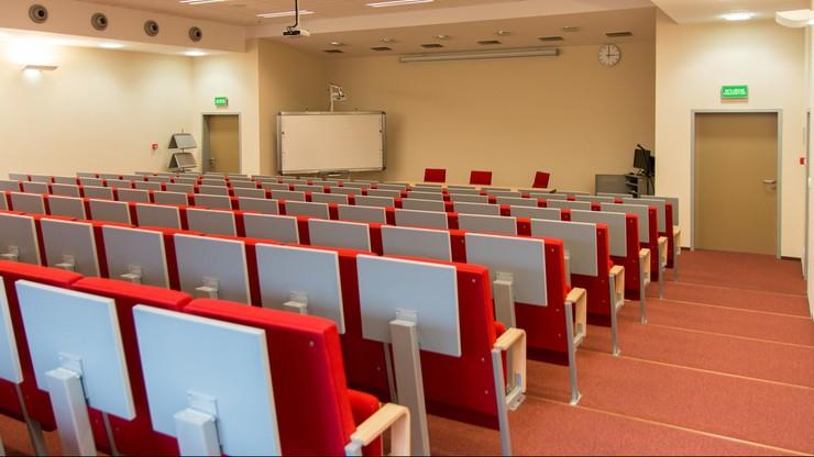 Koronawirus w akademikach. Zakażeni studenci
