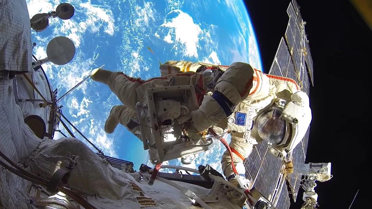 Space Advances zabierze Was na orbitę, a później na niezapomniany spacer kosmiczny [FILM]