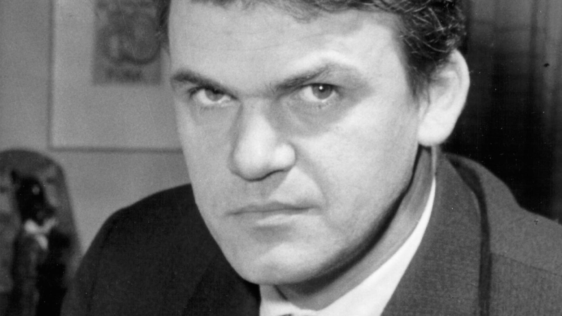 Milan Kundera wyjechał z Czech w 1975 roku. Mieszka w Paryżu. Dziś ma 91 lat