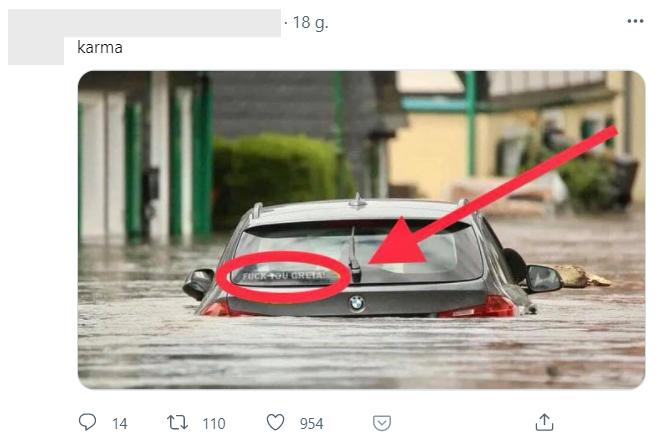Zdjęcie samochodu z powodzi w Niemczech, które rozsyłają internauci, zostało przerobione